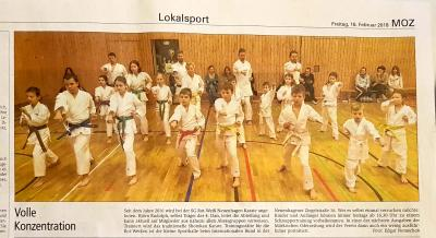 Foto zur Meldung: Karate: Die MOZ zu Besuch