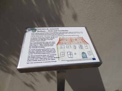 Vorschaubild zur Meldung: Mit Fördermitteln für Kleinteilige lokale Initiativen steinstarke Ideen umgesetzt