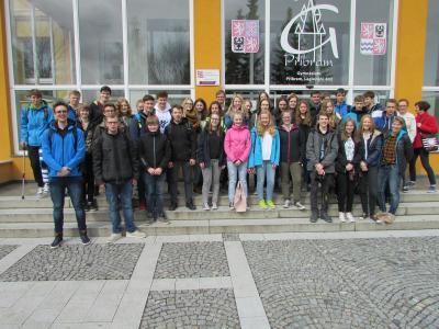 Vorschaubild zur Meldung: Bericht über den ersten Besuch des Schulorchesters der IGS Marienhafe - Moorhusen in Pribram vom 3. - 8. April 2018