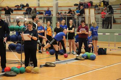 Foto zur Meldung: Spannende Wettkämpfe bei den KM im Hallen-MK