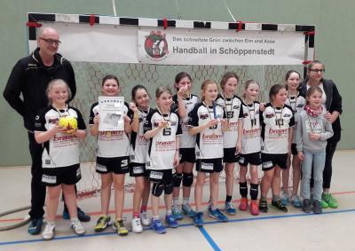Vorschaubild zur Meldung: Regionsmeisterschaften: HSG Müden-Seershausen siegt in der Altersklasse weiblich E