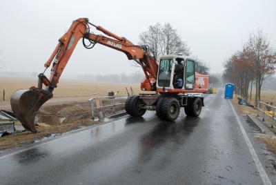 Vorschaubild zur Meldung: Erster Spatenstich für Brückenneubau bei Wiederau