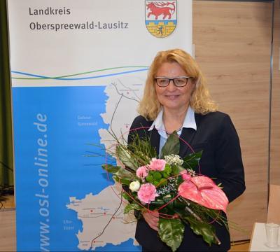 Foto zur Meldung: Grit Klug bleibt Erste Beigeordnete des Landkreises OSL
