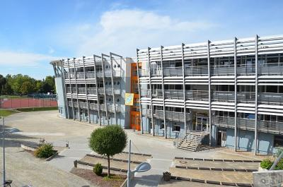 Foto zur Meldung: Gymnasium Senftenberg soll fit für die Zukunft werden