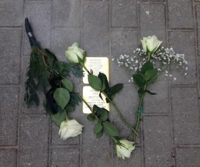Vorschaubild zur Meldung: Bewegende Gedenkstunde zur Verlegung der Stolpersteine in Herzfelde