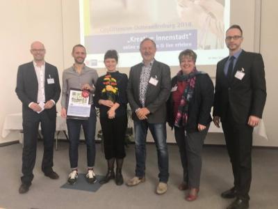 Foto zur Meldung: IHK Ostbrandenburg zeichnet den Mittelstandsverein und Alinae Lumr e.V. als Gewinner der CityOffensive 2018 aus