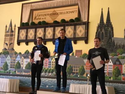 Foto zur Meldung: LAZ Doppelsieg beim 16. Fliegerhorst Lauf in Köln-Wahn