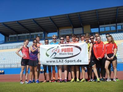 Foto zur Meldung: LAZ-Athleten auf dem Weg in Trainingslager