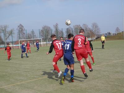 Foto zur Meldung: + + + Fußball Landesliga West 17. Spieltag + + +