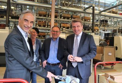 Vorschaubild zur Meldung: Thomas Bareiß besucht Maschinenfabrik Reiser