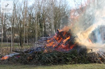 Foto zur Meldung: Frühlingsfeuer in Sülte