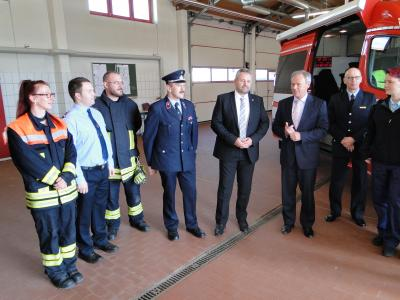 Vorschaubild zur Meldung: Neuer Einsatzwagen für die Feuerwehr
