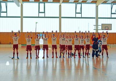 Foto zur Meldung: Floorball Herren stehen im Halbfinale!