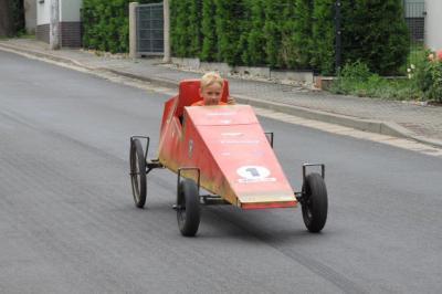 Foto zu Meldung: Seifenkistenrennen zum 3. Tag der Motoren