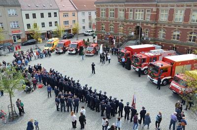Foto zur Meldung: Feuerwehren freuen sich über neue Fahrzeuge