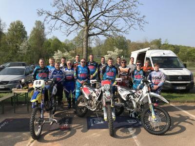 Foto zur Meldung: Bericht Interner Motocross und Enduro Fahrerlehrgang