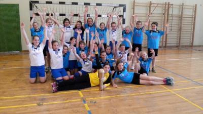 Foto zur Meldung: Handball-Nachwuchs: Die I. E-Jugend des HSV wird verlustpunktfrei Meister