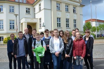 Foto zur Meldung: Zukunftstag 2018 – Kreisverwaltung OSL war dabei / 31 Jungen und Mädchen gingen in Senftenberg & Calau auf Entdeckungstour