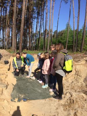 Foto zur Meldung: Wir besuchen eine Ausgrabungsstätte