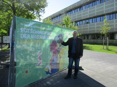 Gästeführer Klaus Ahrendt auf dem Potsdamer Tag der Wissenschaften