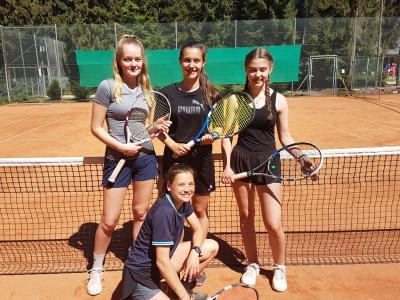 """Vorschaubild zur Meldung: Tennismannschaft erreicht den Regionalentscheid bei """"Jugend trainiert für Olympia"""""""
