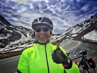 Vorschaubild zur Meldung: Um junge Menschen stark zu machen: 2.500 Kilometer und 25.000 Höhenmeter von Mönchzell mit dem Rad über die Alpen nach Montpellier und zurück