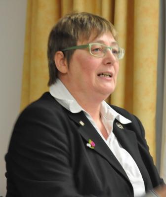 Referentin Annegret Mahn