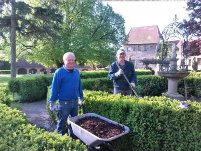 Vorschaubild zur Meldung: Frühjahrs- Arbeitseinsatz des Burg- und Heimatvereins Creuzburg e.V.