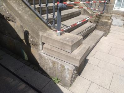 Foto zur Meldung: Vandalismus am Rathaus