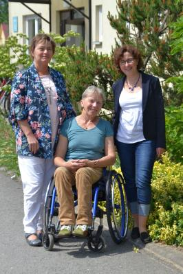 Unser Bild zeigt Angelika Falkner-Musial, Sille Boll und Manuela Dörnenburg (v.l.)