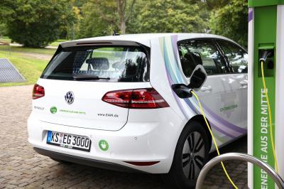 Foto zu Meldung: EKM fördert Ausbau der E-Mobilität