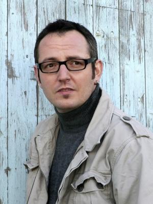 Bestseller-Krimi-Autor Daniel Holbe ist am 16. Juni beim Kultur-Open-Air im Freizeitzentrum dabei.