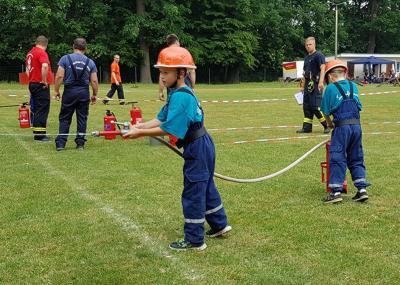 Foto zu Meldung: Feuerwehreleven für Kreismeisterschaft qualifiziert