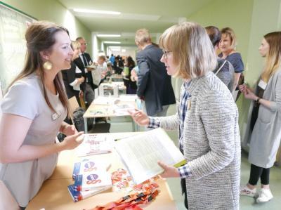 """Foto zur Meldung: """"Gemeinsames Lernen"""" bewegt OSL / Erste Bildungskonferenz des Landkreises widmete sich dem Thema / 120 Teilnehmer tauschten sich aus"""