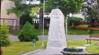 Vorschaubild zur Meldung: Restaurierungsarbeiten am Kriegerdenkmal in Rützengrün beendet
