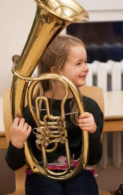 Foto zu Meldung: Instrumentenkarussell der KMS startet mit neuen Kursen