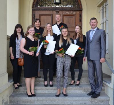 Foto zur Meldung: Junge Lausitzer bringen frischen Wind in die Kreisverwaltung OSL