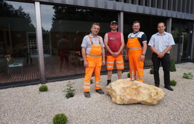 Bild von links: Bauhofleiter Günther Meister, Bauhofmitarbeiter Andreas Oelschlegel und Thomas Fischer, Christian Reinisch