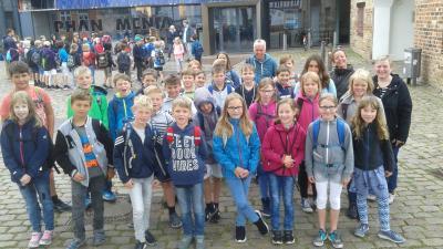 Foto zur Meldung: Die 4. Klassen besuchen die Phänomenta in Flensburg