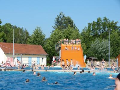 Foto zu Meldung: Stadtkinderfest im Stadtbad Querfurt