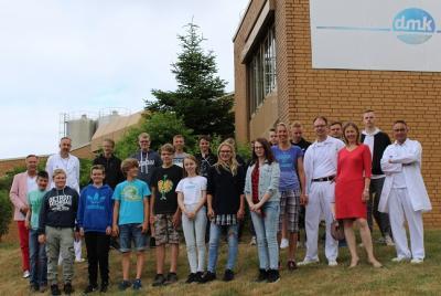 Foto zur Meldung: Kooperationsvertrag Schule & Milchkontor