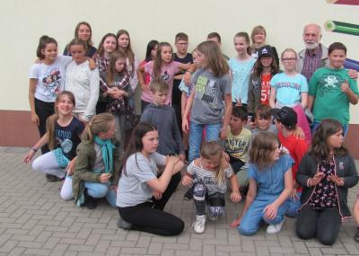 """Foto zur Meldung: Sechsundzwanzig Kinder aus Rehfelde und Bremerhaven gehen auf """"Zeitreise"""""""