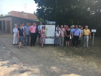 Foto zur Meldung: AG Historische Dorfkerne im Land Brandenburg zu Gast in Neuhardenberg