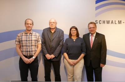v.l. Markus Dörrbecker, 1. Beigeordneter Manfred Ries, Regina Bätz-Eiffert, Landrat Winfried Becker