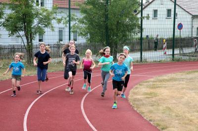 Start zur 800m-Ausdauer-Disziplin