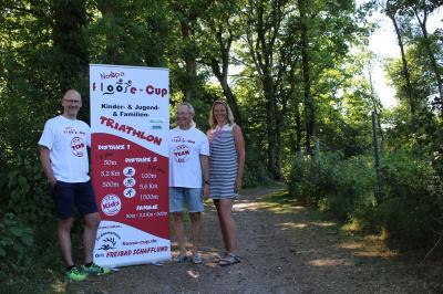 Foto zur Meldung: Das Floose-Cup-Team hat ein Herz für Kinder