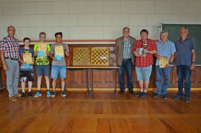 Foto zu Meldung: Schach-Stadtmeister in der Jugend- und Erwachsenenklasse geehrt