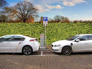 Foto zur Meldung: Bürgerbefragung zur Elektromobilität