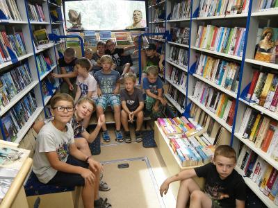 Foto zur Meldung: Erlebnis Bücherbus