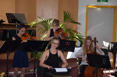 Foto zur Meldung: Landrat zu Gast beim Auszeichnungskonzert der Musikschule Oberspreewald-Lausitz